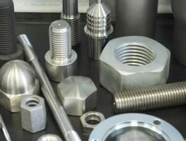 CNC-Drehteile, Frästeile, Schrauben und Muttern von Torlopp GmbH